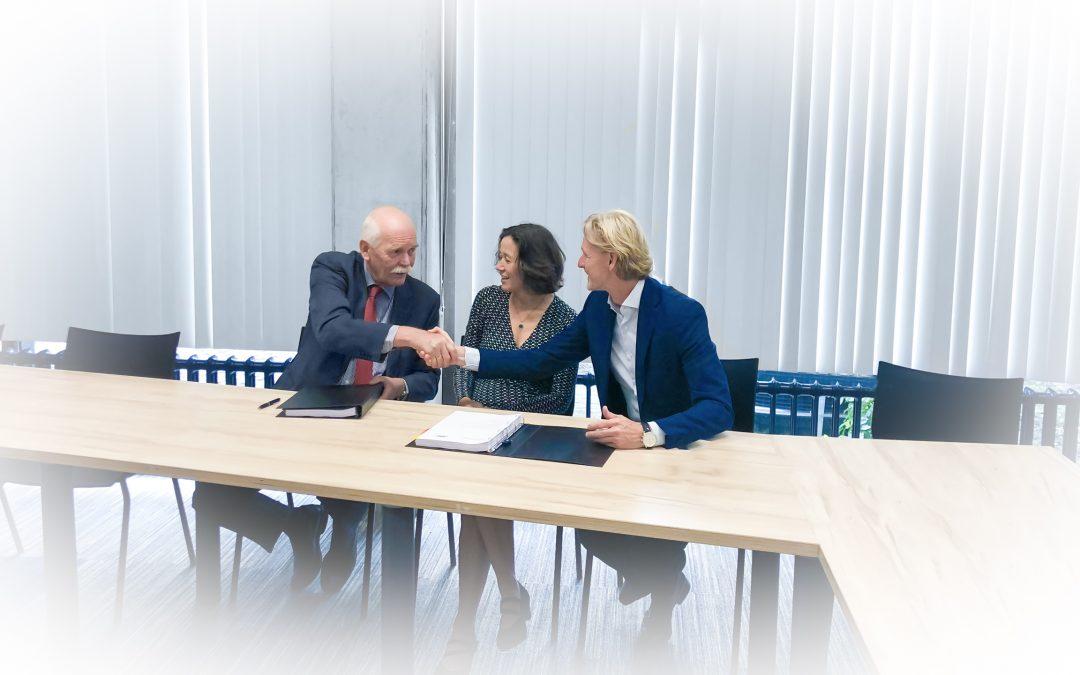Veiligheidsregio en GGD Gelderland-Zuid tekenen contract voor uitbesteden ICT-diensten